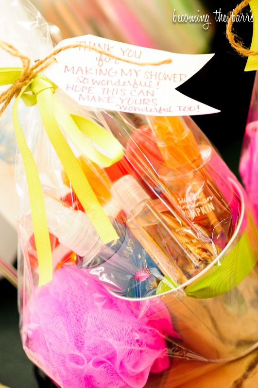 Gift Ideas For Baby Shower Host  25 best ideas about Shower hostess ts on Pinterest