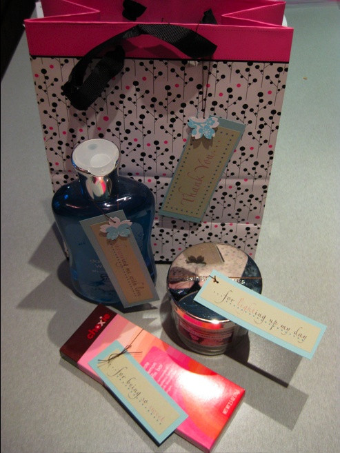 Gift Ideas For Baby Shower Host  1000 ideas about Host Gifts on Pinterest