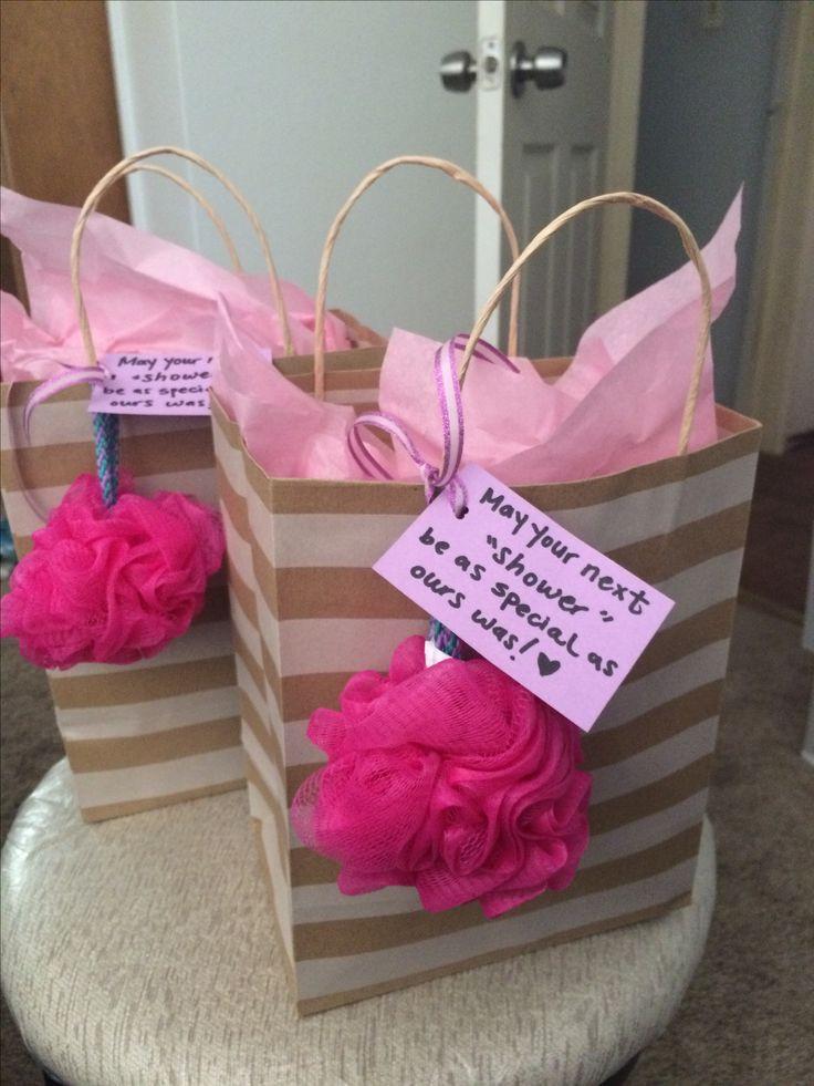 Gift Ideas For Baby Shower Host  Best 25 Hostess ts ideas on Pinterest