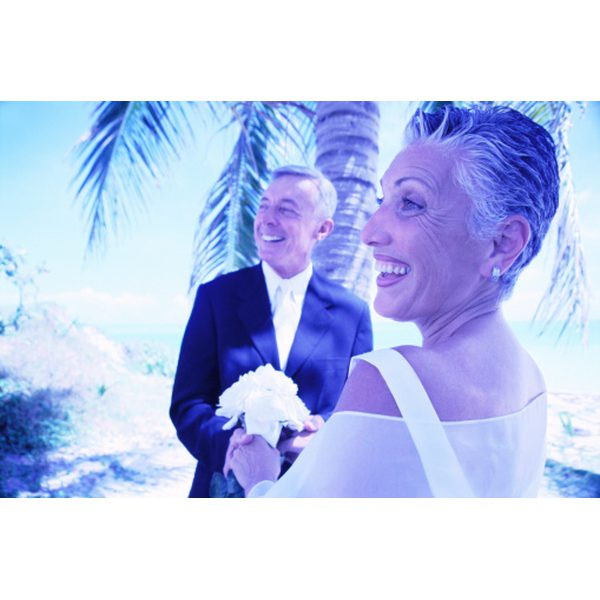Gift Ideas For Older Couples  Wedding Gifts for an Older Couple