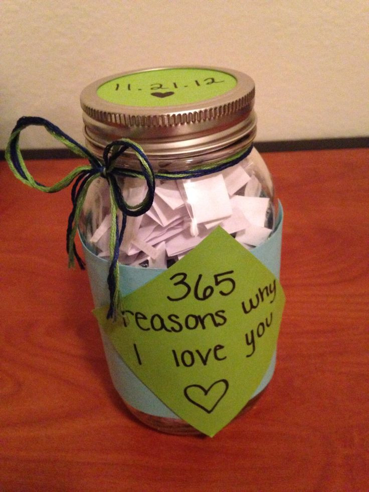 Gift Ideas For One Year Anniversary For Boyfriend  Best 25 e year anniversary ts ideas on Pinterest
