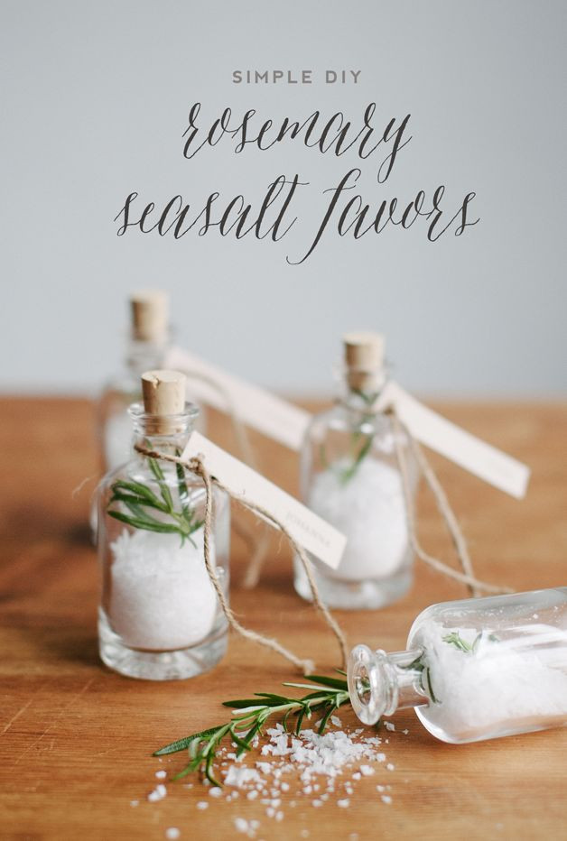 Gift Ideas For Wedding  Wedding Favor Gift Ideas The Idea Room