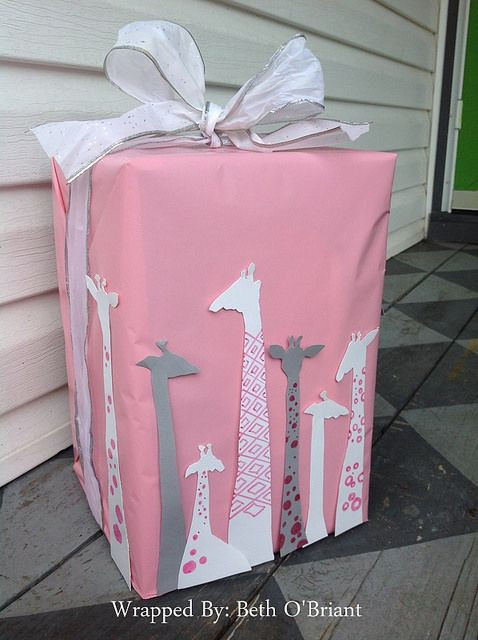 Gift Wrapping Ideas For Baby Showers  Giraffe Baby Shower Gift Wrap