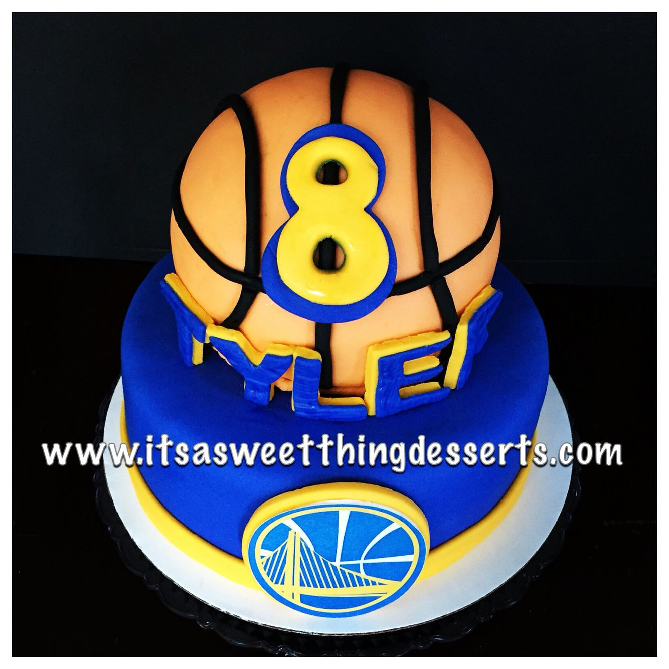 Golden State Warriors Birthday Cake  Golden State Warriors themed Cake cake design