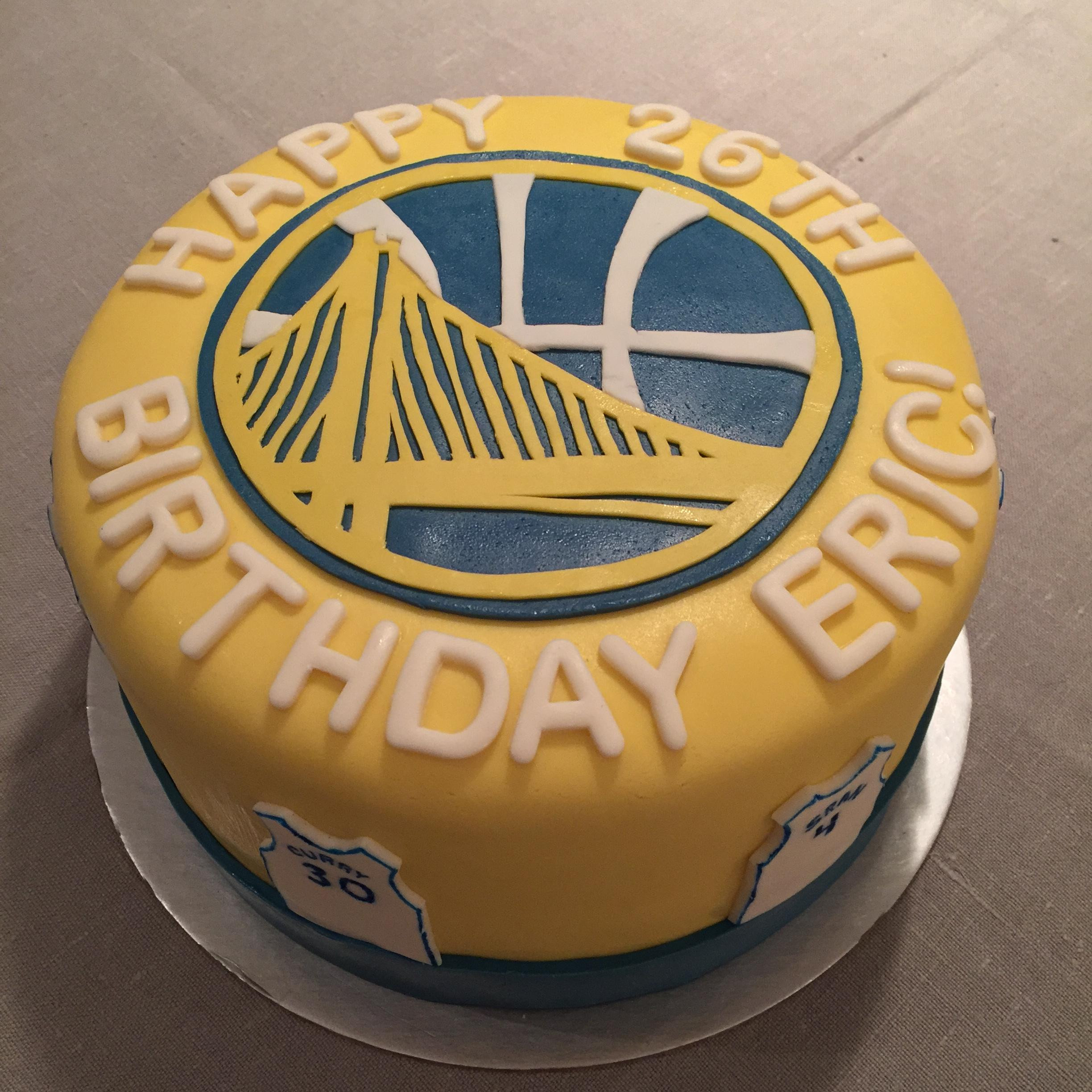 Golden State Warriors Birthday Cake  Game Over This the best Warriors birthday cake ever