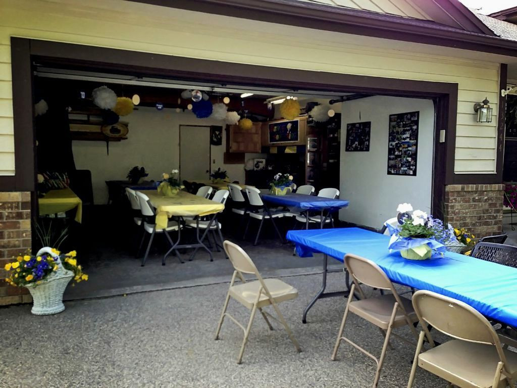 Graduation Party Ideas For Guys  outdoor graduation party ideas for guys