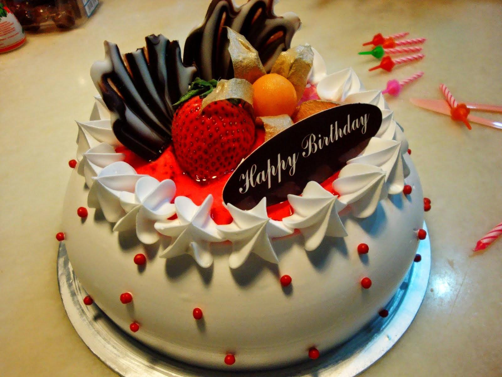 Happy Birthday Cake Image  HD BIRTHDAY WALLPAPER Birthday cakes