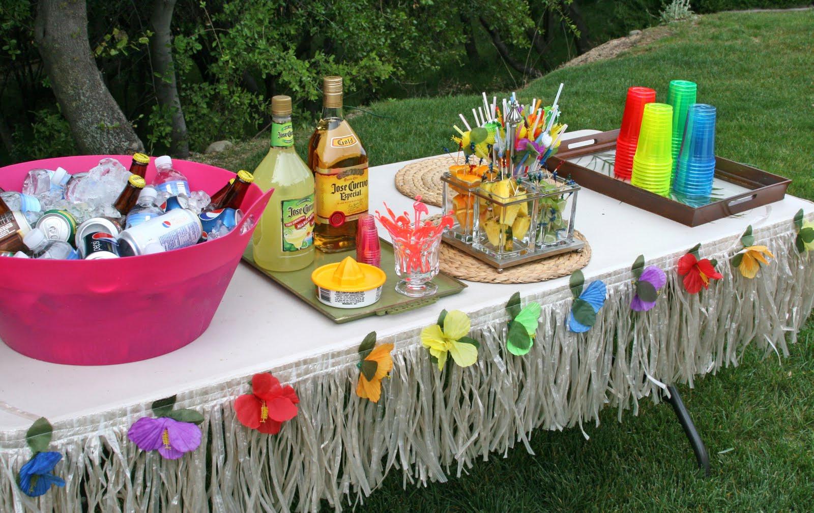 Hawaiian Backyard Party Ideas  Parties 30th Birthday Luau Party – Glorious Treats