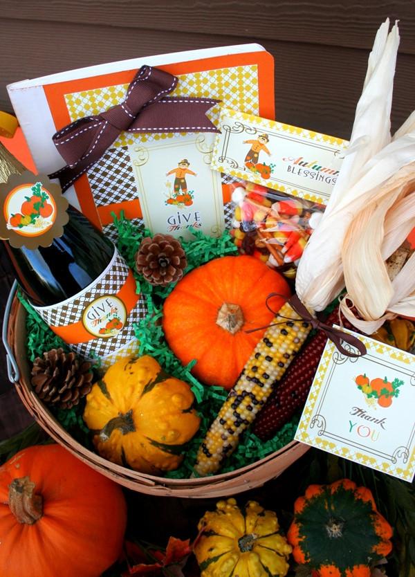 Homemade Thanksgiving Gift Basket Ideas  Thanksgiving DIY Gratitude Gift Basket Party Ideas
