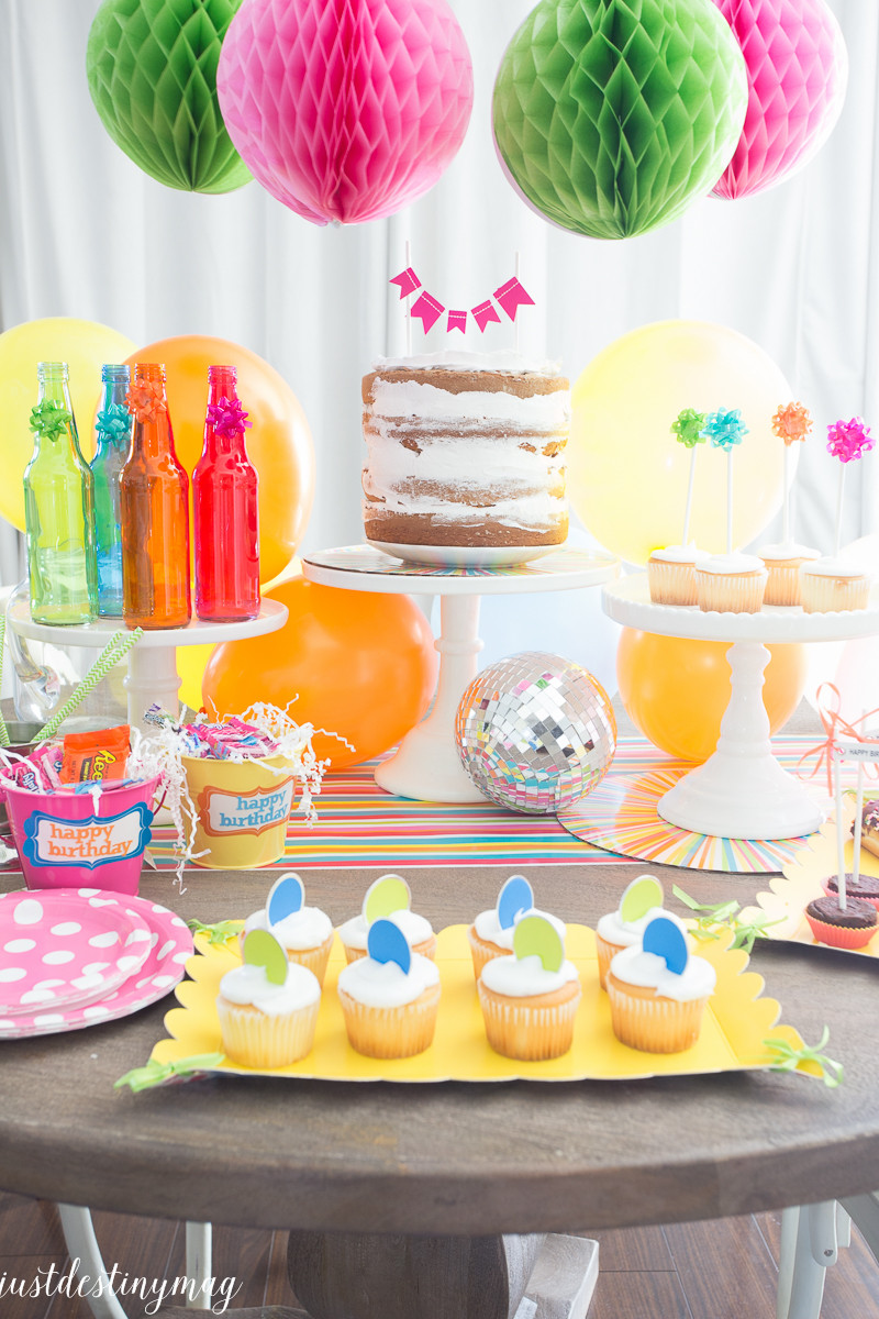 Ideas For Summer Party  Celebrate Colorful Summer Birthday Party Ideas