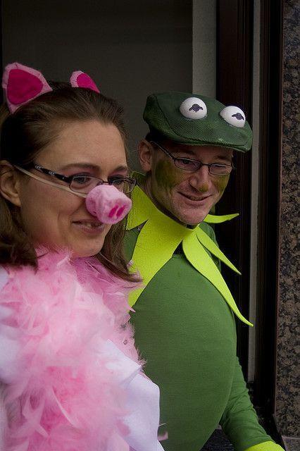 Kermit The Frog Costume DIY  Best 25 Miss piggy costume ideas on Pinterest