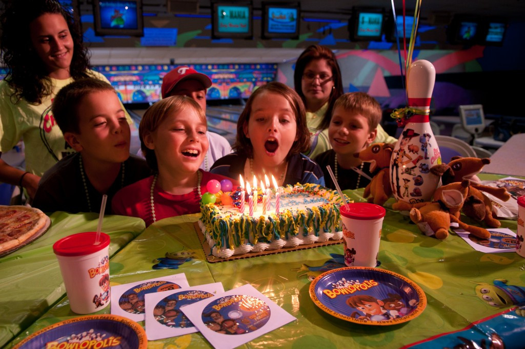 Kids Birthday Party Tampa  Kids Birthday Bowling Parties in Tampa