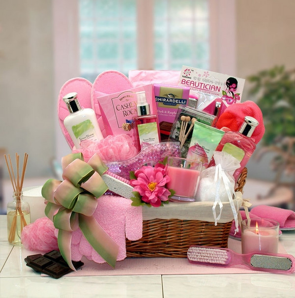Ladies Gift Basket Ideas  Christmas basket ideas – the perfect t for family and