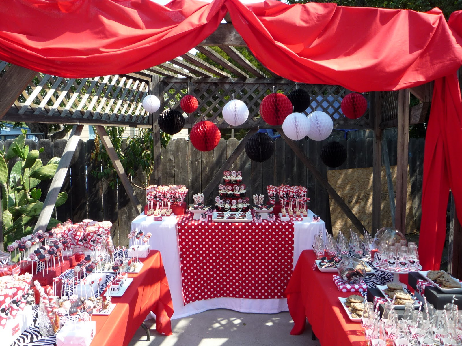 Minnie Mouse Backyard Party Ideas  Honey b Events & Design The House of Minnie Mouse