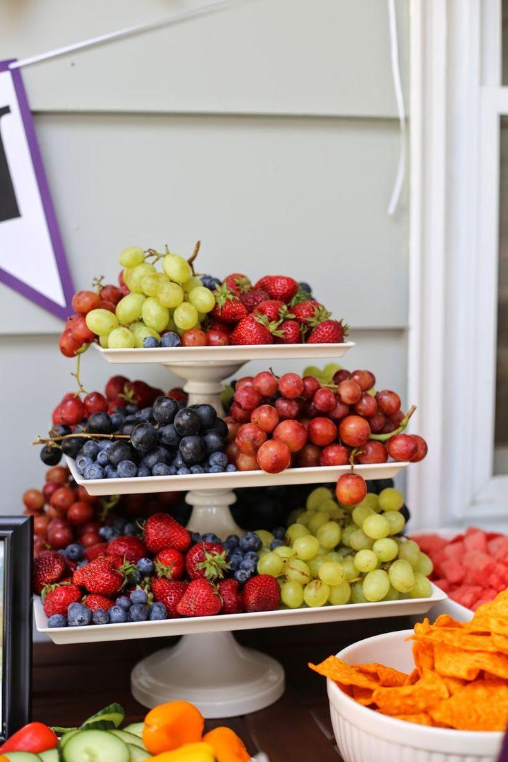 Outdoor Graduation Party Food Ideas  Best 25 Graduation party foods ideas on Pinterest