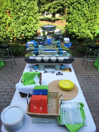 Outdoor Graduation Party Food Ideas  A skateboarder theme is perfect for outdoor grad parties