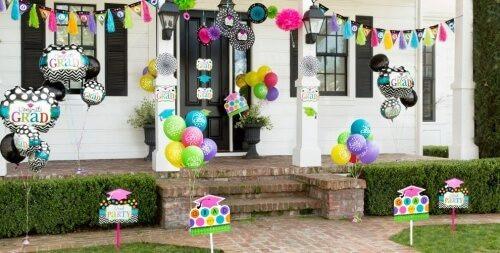 Outside Graduation Party Ideas  40 Graduation Party ideas Grad Decorations