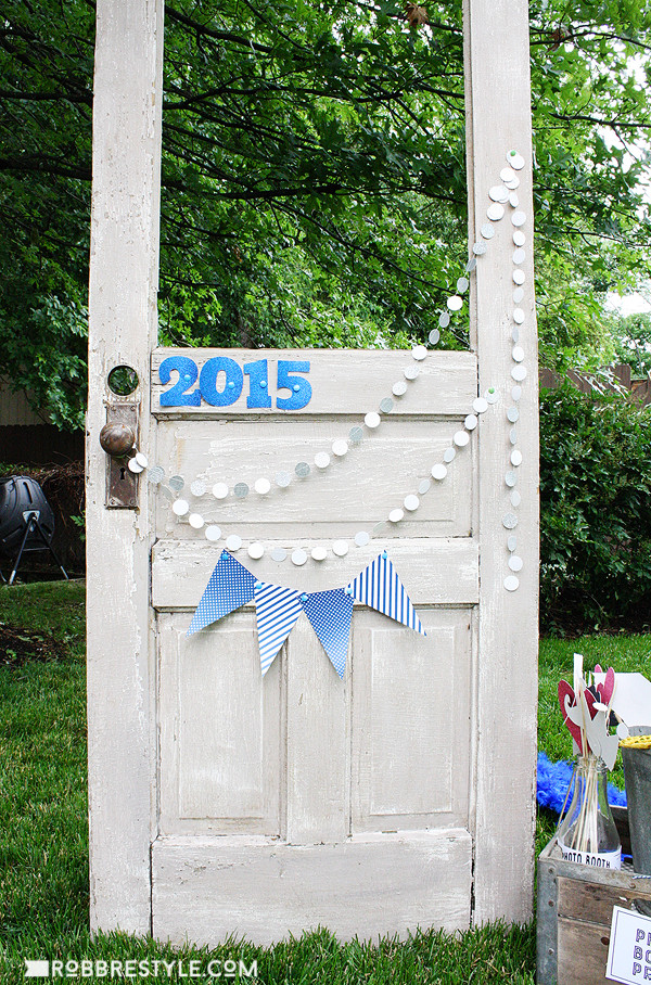 Photo Booth Ideas For Graduation Party  DIY Graduation Party Ideas Robb Restyle