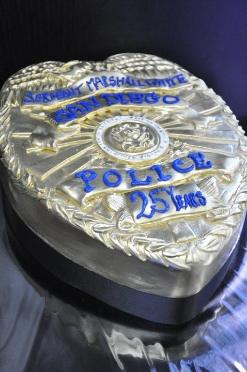 Police Retirement Party Ideas  25 best ideas about Police cakes on Pinterest