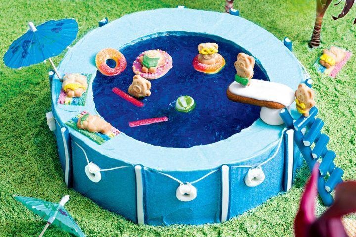 Pool Party Cake Ideas For Birthdays  Pool party cake