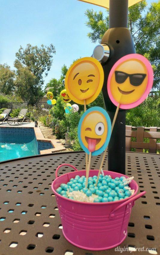 Pool Party Centerpieces Ideas  Emoji Birthday Party Ideas DIY Inspired