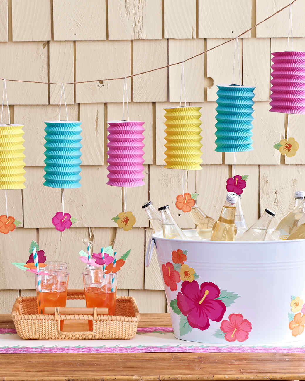 Pool Party Centerpieces Ideas  How to Plan the Perfect Pool Party