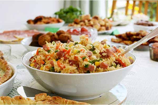 Potluck Dinner Party Ideas  Best 25 Potluck themes ideas on Pinterest