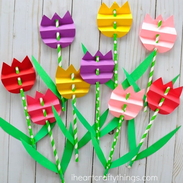 Quick And Easy Crafts For Kids  50 Quick & Easy Kids Crafts that ANYONE Can Make