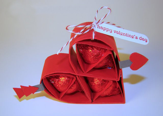 Small Valentines Gift Ideas  Homemade Valentine s Day ts for him 8 small yet
