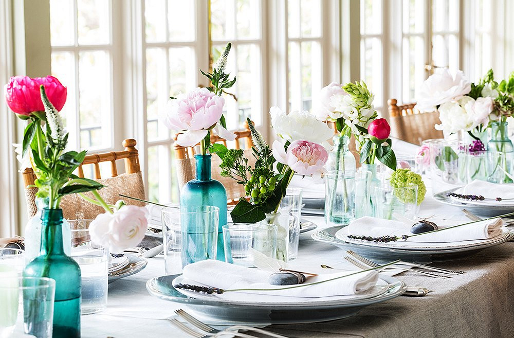 Spring Dinner Party Ideas  Essentials and Etiquette for a Swinging Spring Dinner Party