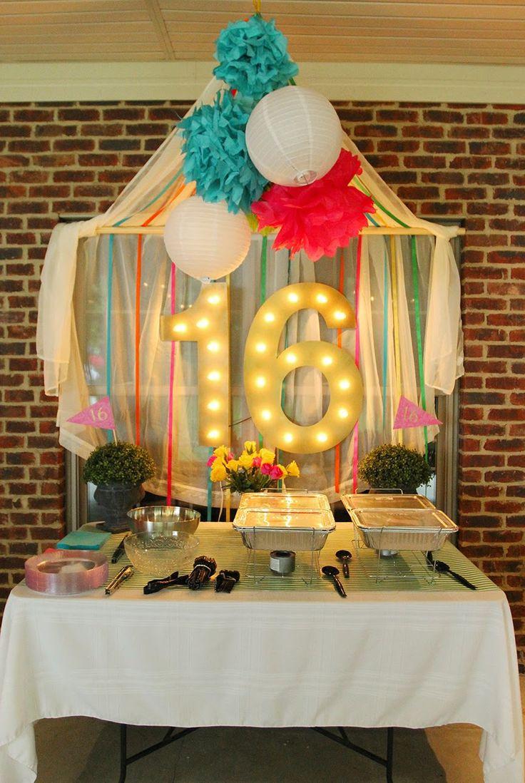 Sweet Sixteen Backyard Party Ideas  17 Best ideas about Outdoor Sweet 16 on Pinterest