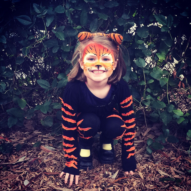 Tiger Costume DIY  Kids Tiger costume & face paint DIY