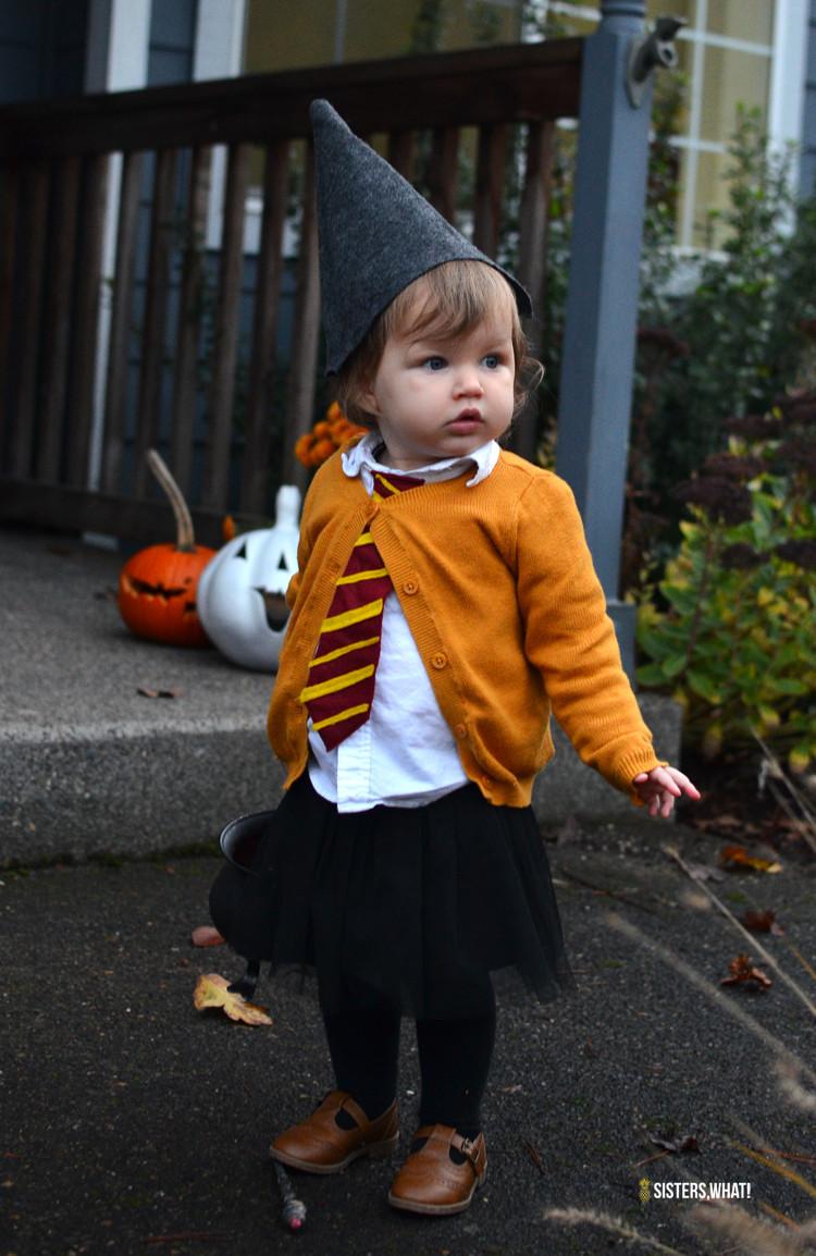 Toddler DIY Costumes  Easy Harry Potter Costume for little girl for Halloween
