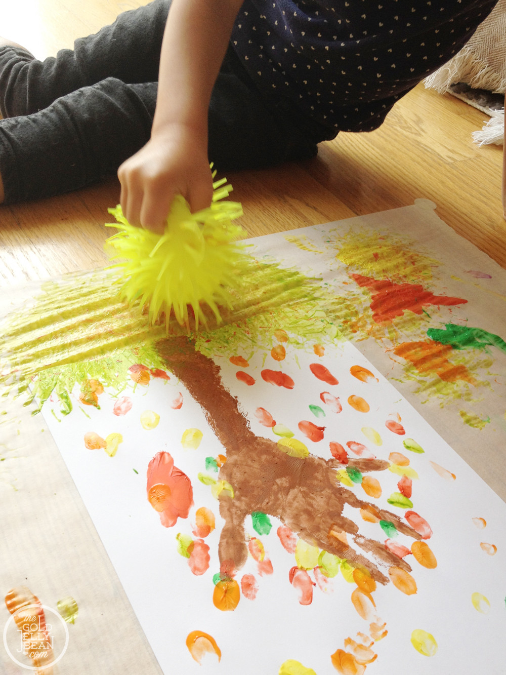 Toddlers Arts And Crafts Ideas  Fall Artwork Finger Print Trees