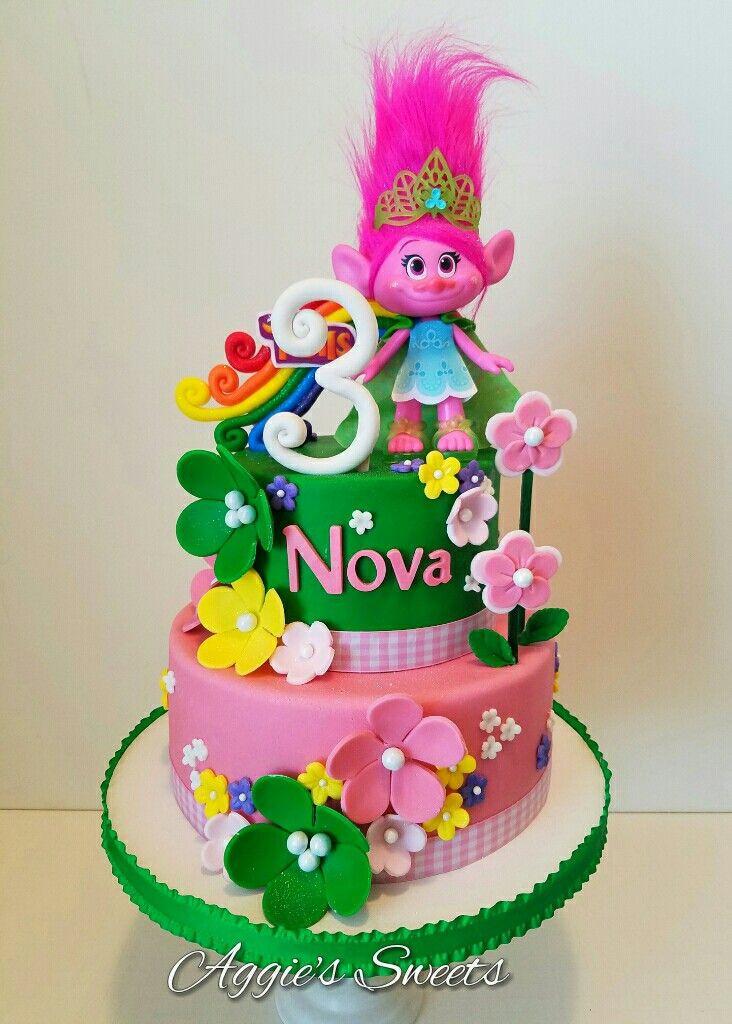 Trolls Birthday Cake Ideas  33 best dort Trolls images on Pinterest