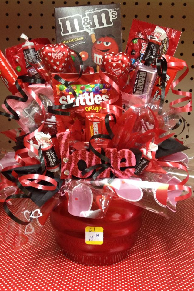Valentine Candy Gift Ideas  17 Best ideas about Candy Baskets on Pinterest