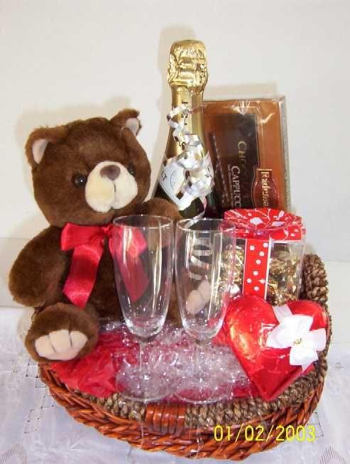 Valentine Day Gift Baskets Ideas  Valentine s Day Basket Ideas VALENTINE DAY GIFTS
