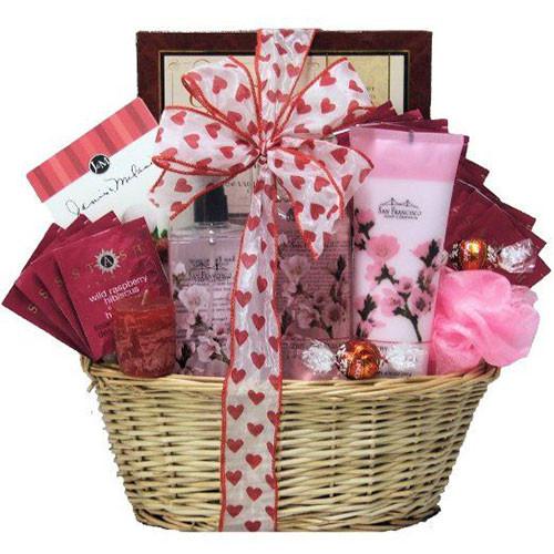 Valentine Day Gift Baskets Ideas  15 Valentine s Day Gift Basket Ideas For Husbands Wife
