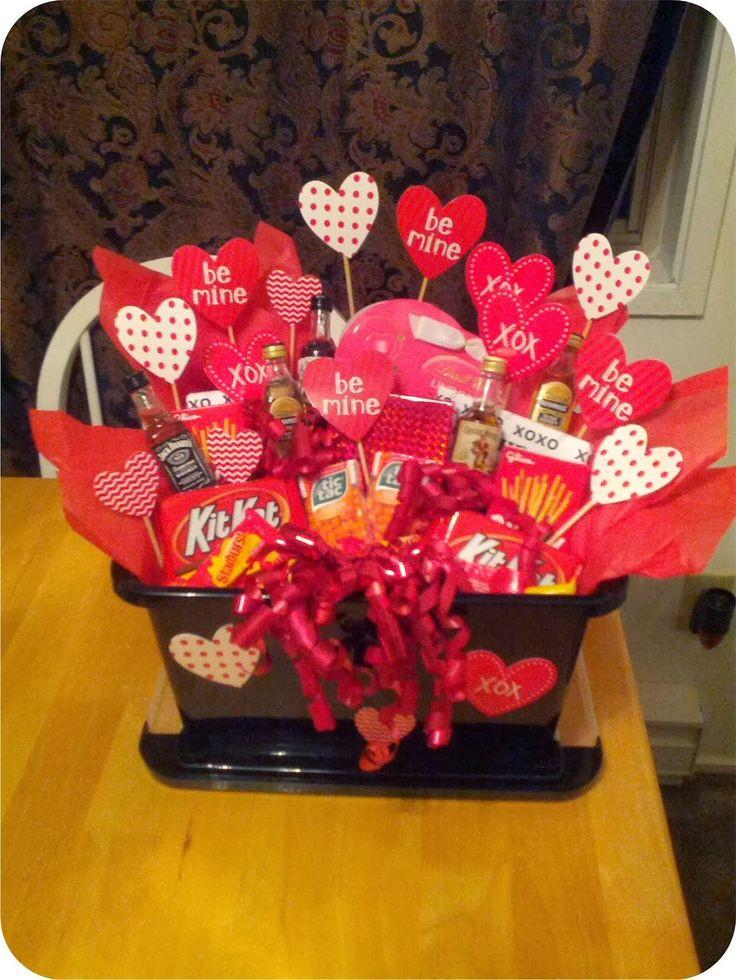 Valentine Day Gift Baskets Ideas  Best 25 Valentine s day t baskets ideas on Pinterest