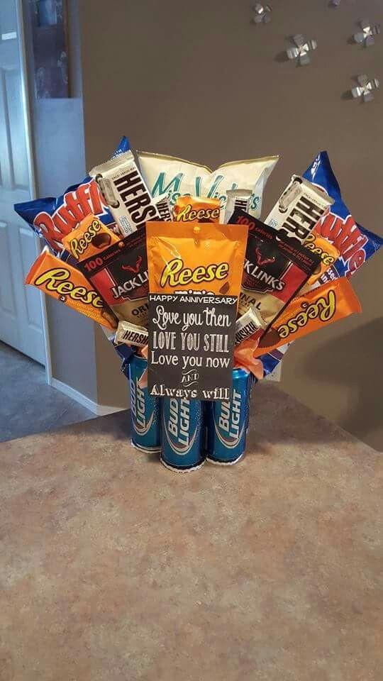 Valentine Gift Ideas For Men  Best 25 Valentine s day t baskets ideas on Pinterest