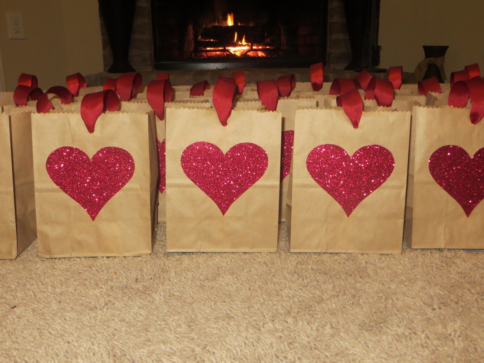 Valentines Gift Bag Ideas  Best 25 Valentines goo bags ideas on Pinterest