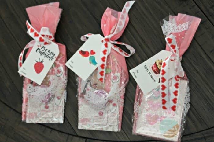 Valentines Gift Bag Ideas  Valentines Gift Bag Ideas