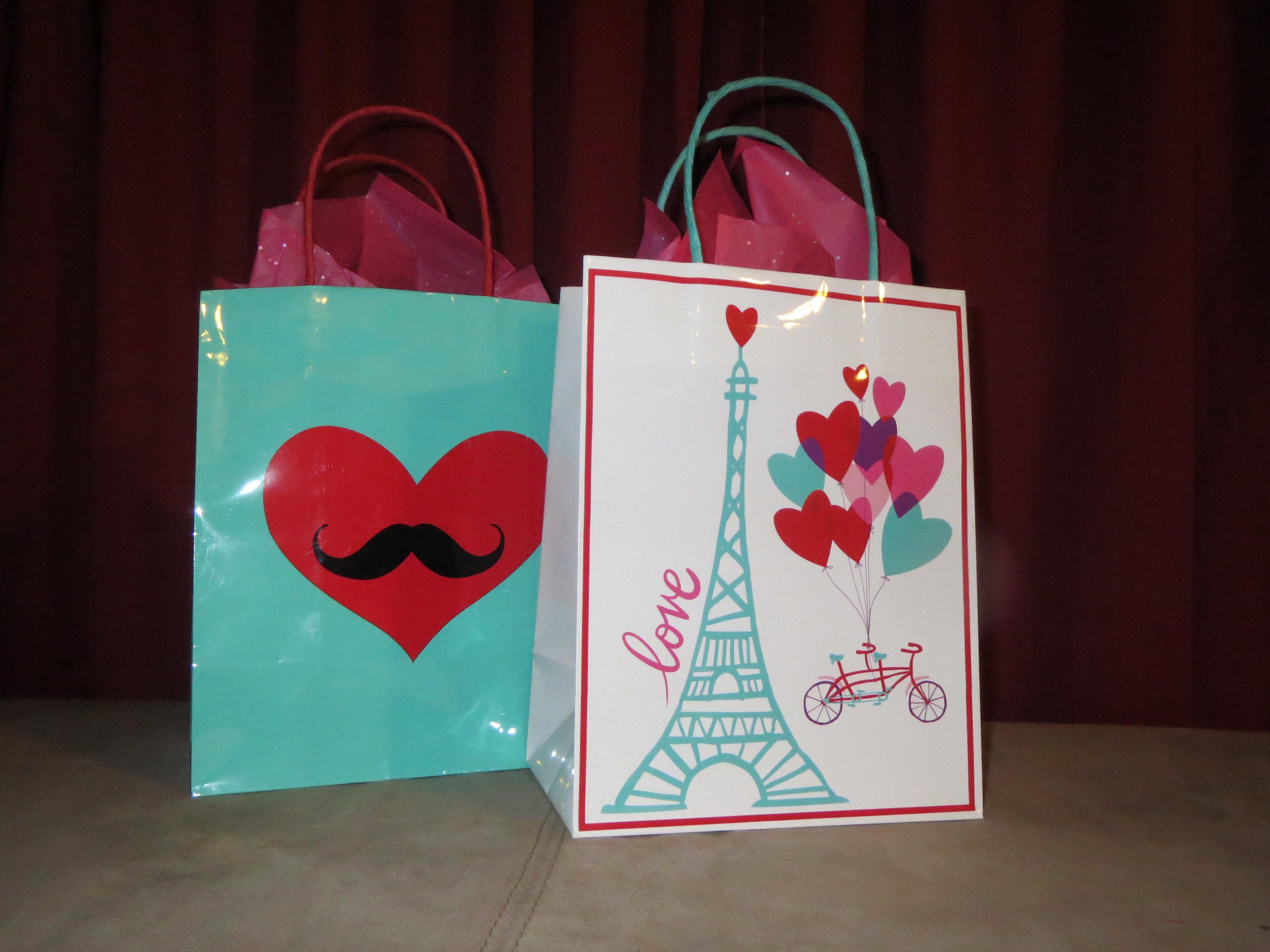 Valentines Gift Bag Ideas  5 DIY Valentine's Gift Ideas