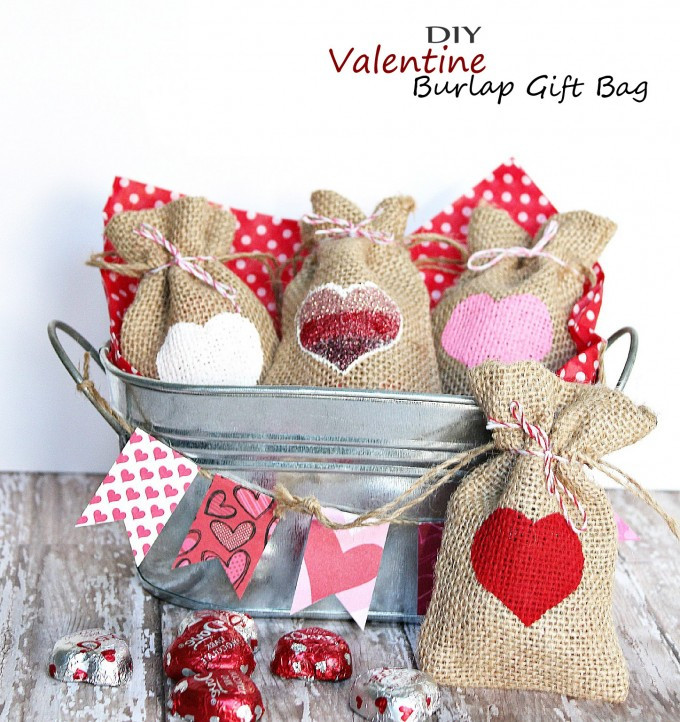 Valentines Gift Bag Ideas  Valentine Burlap Gift Bag – Easy Homemade Holiday Kid