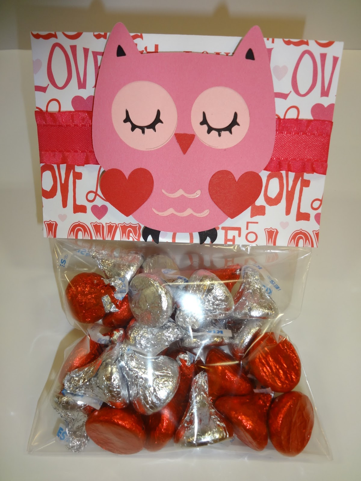 Valentines Gift Bag Ideas  Create your Classroom Valentine s Day Goo Bags for