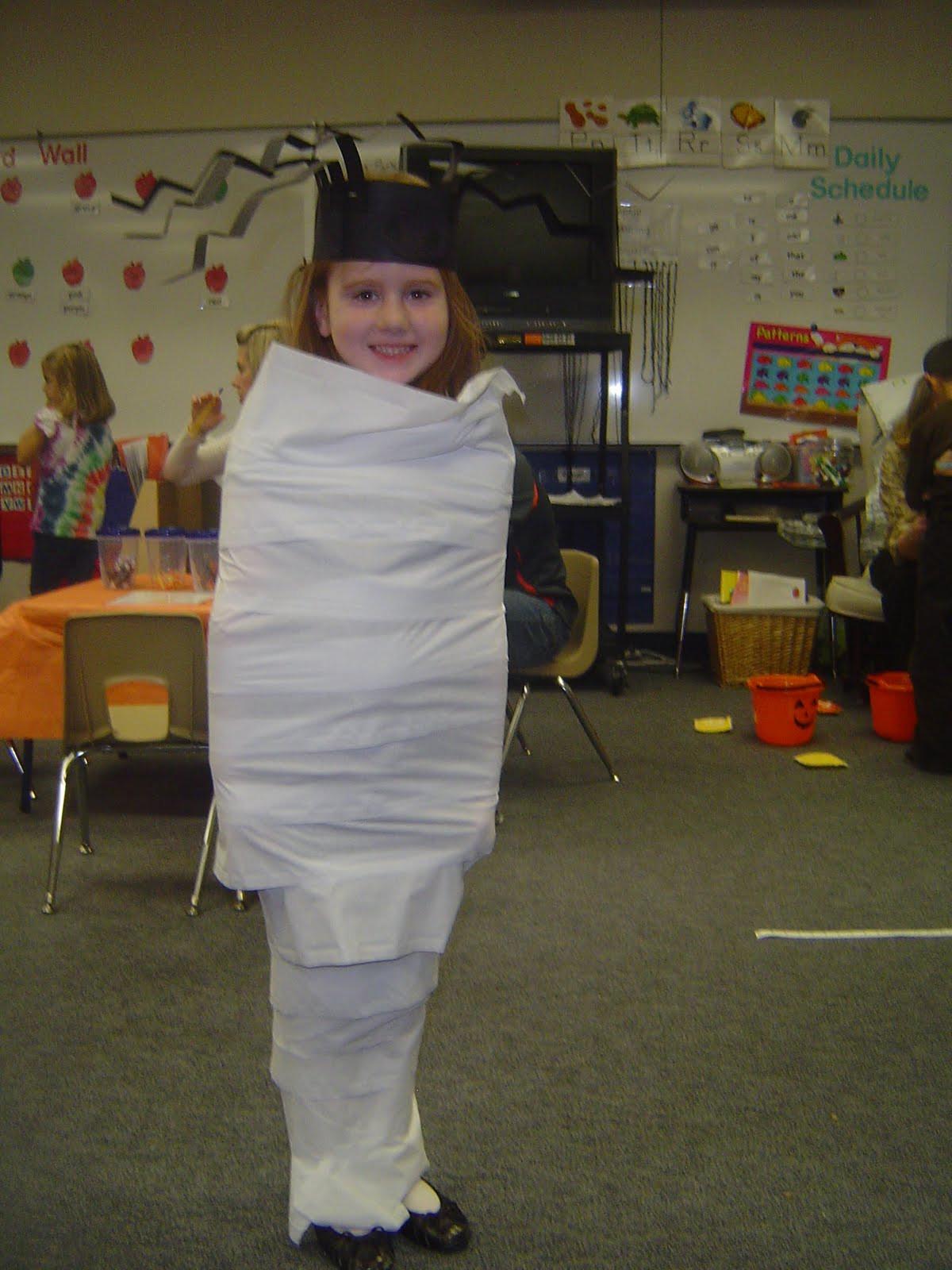 2Nd Grade Halloween Party Ideas  Mrs T s First Grade Class Halloween Games