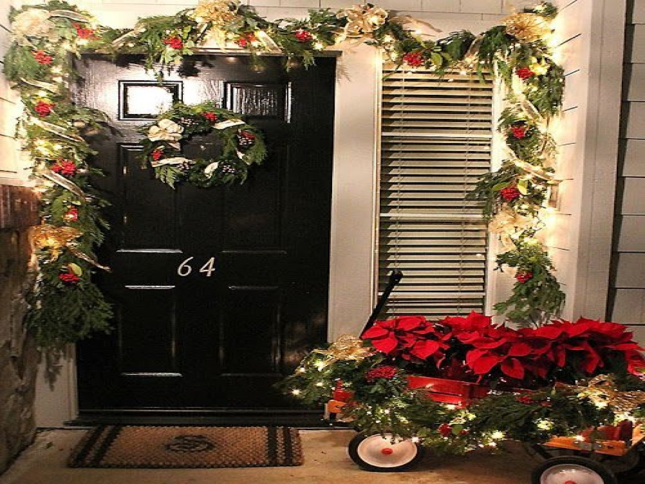 Apartment Patio Christmas Decorating Ideas  Apartment balcony christmas decorating ideas ideas with