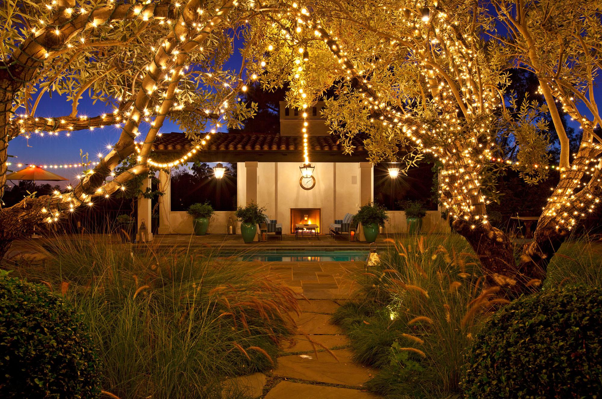 Backyard Party Ideas Lighting  Backyard lighting party