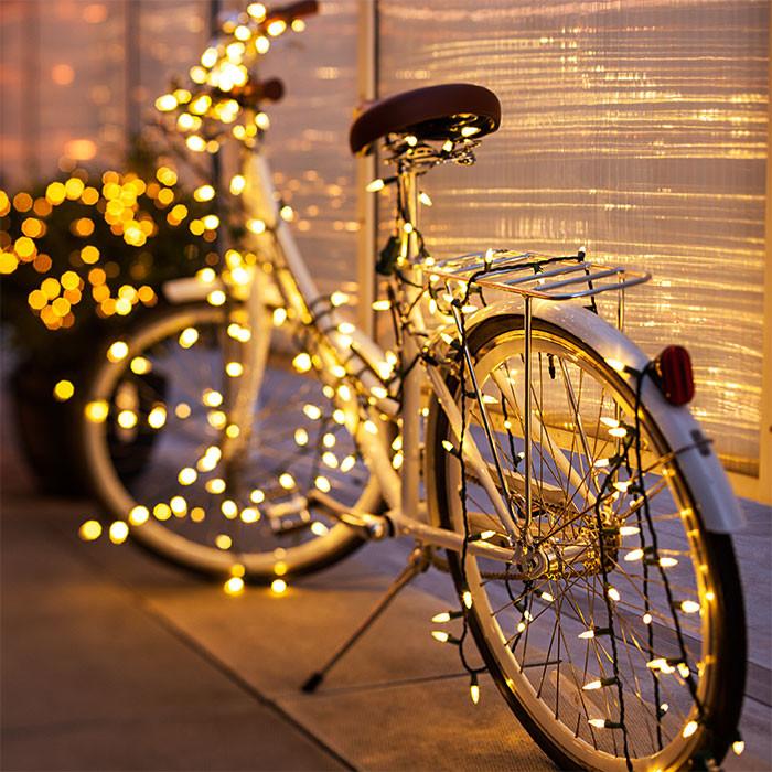Balcony Christmas Lights  6 Christmas Lighting Ideas for a Porch Deck or Balcony