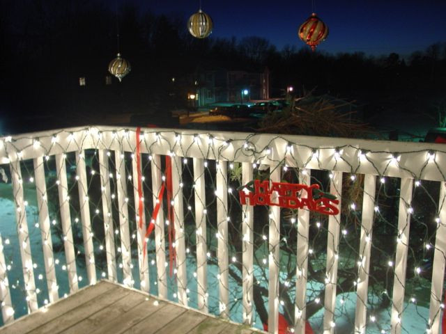 Balcony Christmas Lights  Simple Ways to Effectively Decorate a Small Apartment for